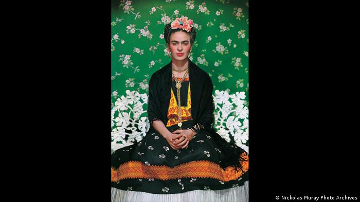 Frida on the bench (Nickolas Muray Photo Archives)