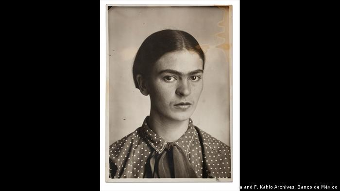 A portrait of Frida Kahlo, 1926 (D. Riviera and F. Kahlo Archives, Banco de México)