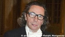 ARCHIV +++ FILE - In this Dec. 11, 2011 file photo, photographer Jean Claude Arnault attends the Kings Nobel dinner at the Royal Palace in Stockholm. The man at the center of a sex-abuse and financial crimes scandal that is tarnishing the academy which awards the Nobel Prize in Literature, was Tuesday June 12, 2018 charged with two counts of rape of a woman in 2011. (Henrik Montgomery/TT News Agency via AP, File) |