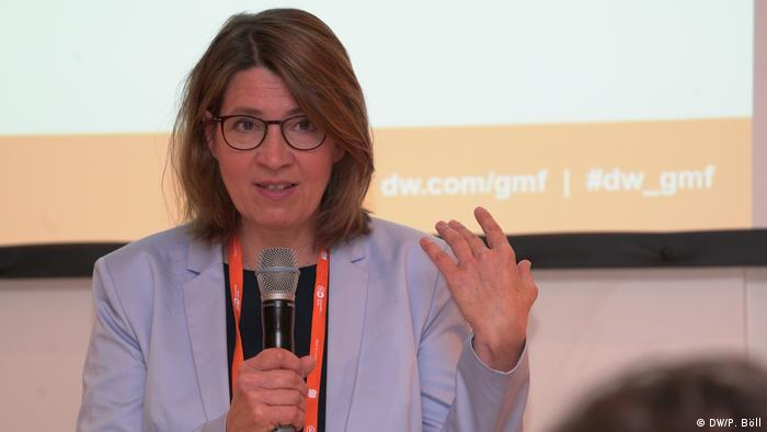 Anke Rasper (DW, Senior Editor Business and Science, Germany) | 25 | Film | Being poor in a rich society—how growing income inequality is dividing the planet