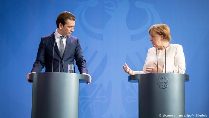 Deutschland PK Bundeskanzlerin Angela Merkel und österreichischer Bundeskanzler Sebastian Kurz in Berlin