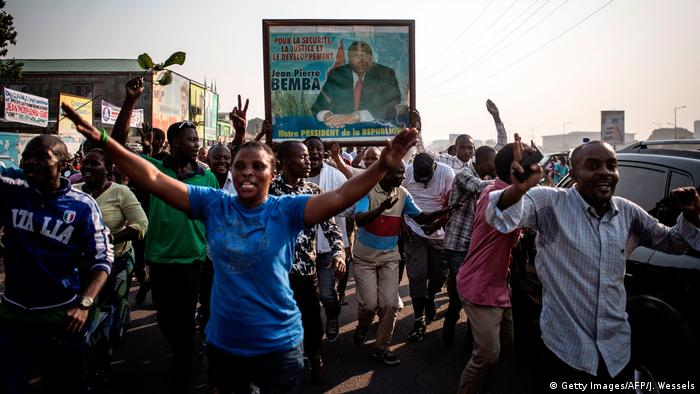 Demokratische Republik Kongo Anhänger Jean-Pierre Bemba (Getty Images/AFP/J. Wessels)