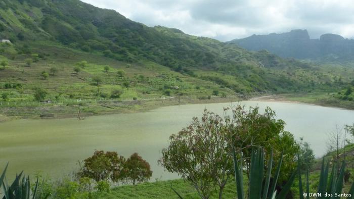 Kap Verde - Santiago Insel: Poilão Damm