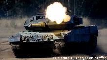 Frankreich, Straßburg: Symbolbild: EU erhöht Militärausgaben Kampfpanzer Leopard 2