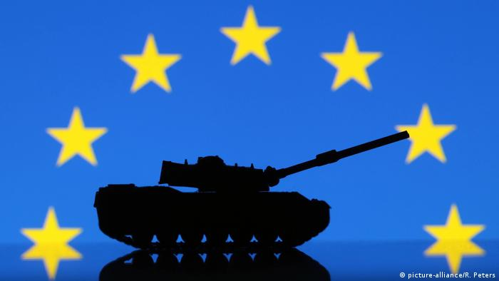 Frankreich, Straßburg: Symbolbild: EU erhöht Militärausgaben