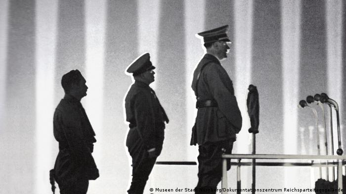 Adolf Hitler at the Lichtdom in Nürnberg in 1936 (Museen der Stadt Nürnberg/Dokumentationszentrum Reichsparteitagsgelände)