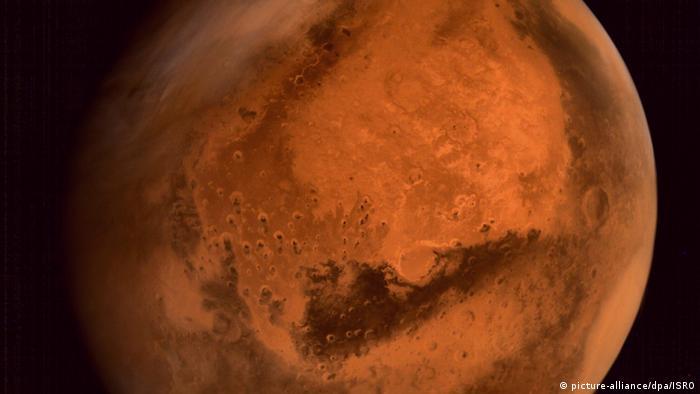 نمایی از سیاره مریخ