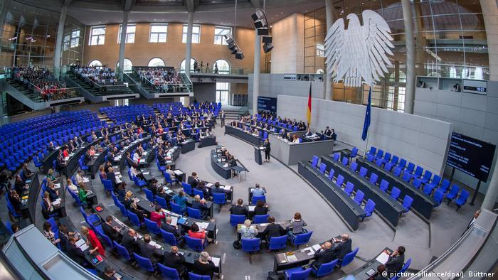 Deutschland Berlin Bundestag 39. Sitzung