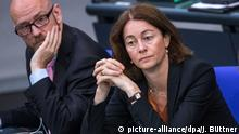 14.06.2018, Berlin: Katarina Barley (SPD), Bundesjustizministerin, beobachtet im Bundestag die Aussprache und Abstimmung zum Gesetzesinitiative zur Musterfeststellungsklage. Foto: Jens Büttner/dpa-Zentralbild/dpa   Verwendung weltweit