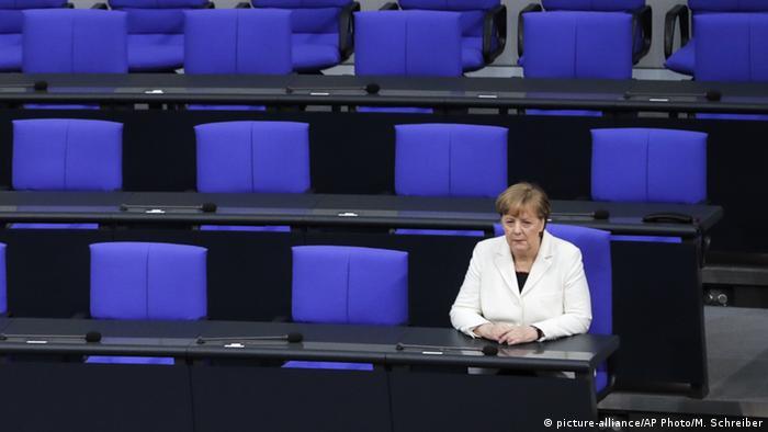 Bundeskanzlerin Angela Merkel (picture-alliance/AP Photo/M. Schreiber)