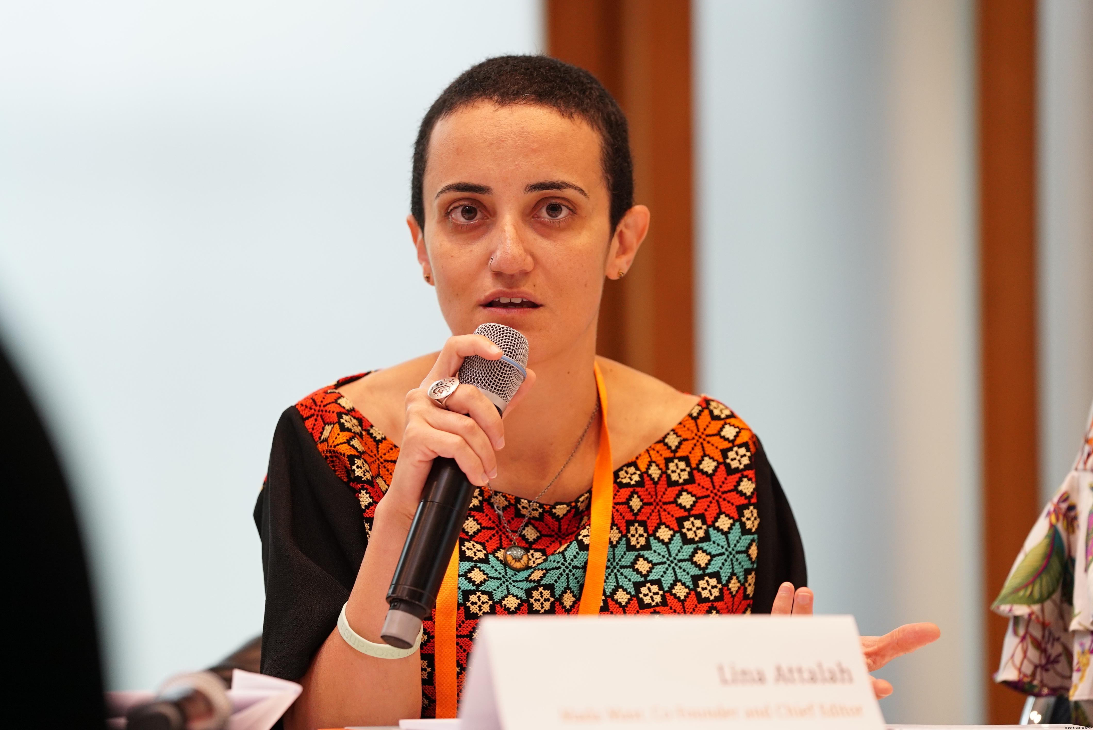 Mada Masr's editor-in-chief, Lina Attalah, spoke at DW's Global Media forum in 2018