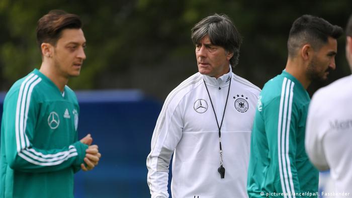 Pressão sobre Alemanha vai além do futebol  54a1a3cd8fde0