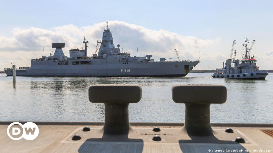 Japan calls on Germany to send warship to East Asia
