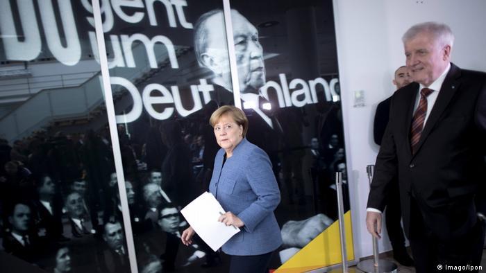 Merkel y Seehofer en Berlín.