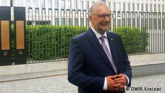Berlin, kroatischer Innenminister Davor Bozinovic (DW/N.Kreizer )