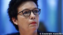 Deutschland - Seehofer entlässt Bamf-Chefin Cordt