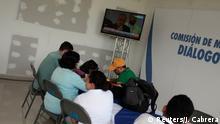 Nicaragua Managua Journalisten bei Live-Übertragung Dialog Regierung und Opposition