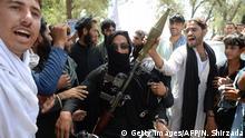 Afghanistan - Taliban und Anwohner feiern Eid al Futr während Waffenstillstand