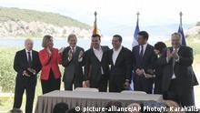 Griechenland Alexis Tsipras, Zoran Zaev, Nikos Kotzias, Nikola Dimitrov, Matthew Nimetz, Federica Mogherini und Johannes Hahn