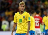 Auch Brasilien stolpert in die WM