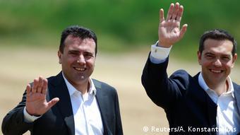 Η αναβολή της ευρωπαϊκής προοπτικής των Σκοπίων θέτει σε κίνδυνο και τη συμφωνία για το ονοματολογικό