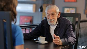 Вахтанг Кикабидзе во время интервью с Жанной Немцовой