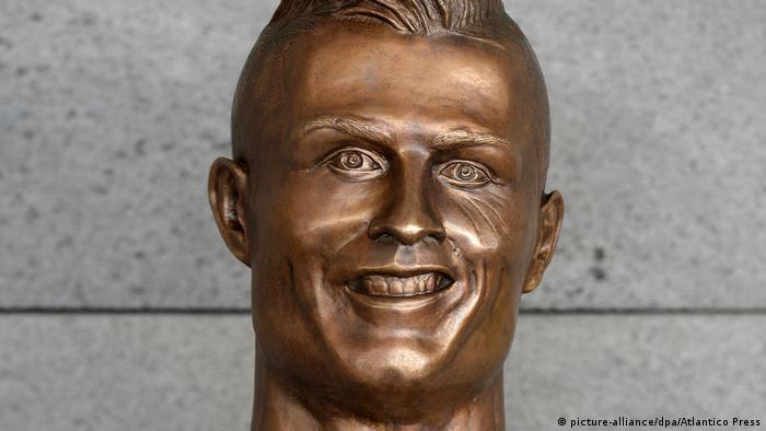 Büste von Weltfußballer Cristiano Ronaldo