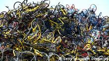 Über hunderttausend geteilte Fahrräder stapelten sich in Xiamen