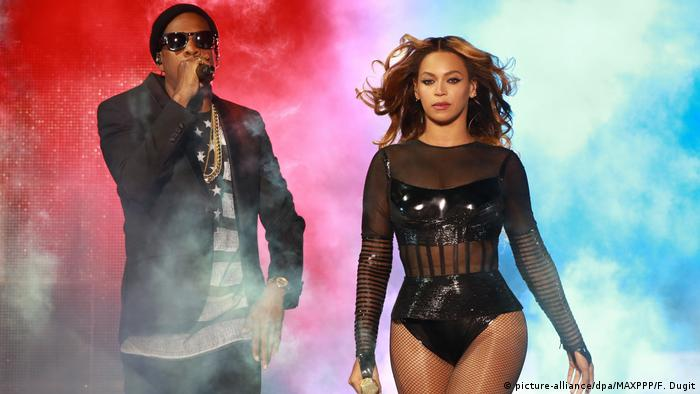 Jay-Z and Beyoncé (picture-alliance/dpa/MAXPPP/F. Dugit)