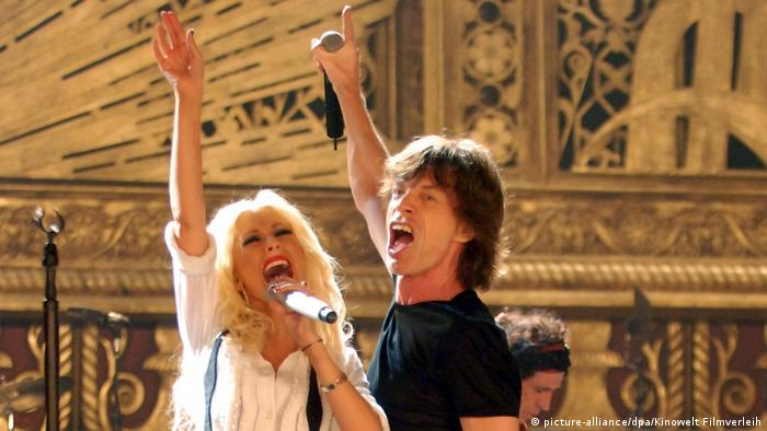 USA Christina Aguilera und Mick Jagger in dem Film Shine a Light (picture-alliance/dpa/Kinowelt Filmverleih)