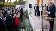 18.06.2018, USA, Kalifornien, Los Angeles: Bundespräsident Frank-Walter Steinmeier eröffnet das Thomas Mann Haus. Das ehemalige Wohnhaus von Thomas Mann wurde vom Auswärtigen Amt 2016 erworben und saniert. Bundespräsident Steinmeier und seine Frau sind zu einem dreitägigen Besuch in Kalifornien (Vereinigte Staaten von Amerika). Foto: Bernd von Jutrczenka/dpa +++ dpa-Bildfunk +++