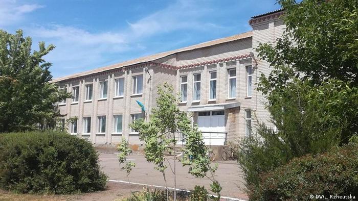 Цю відремонтовану школу в Нововасилівці на Херсонщині тепер мають закрити за рішенням ОТГ