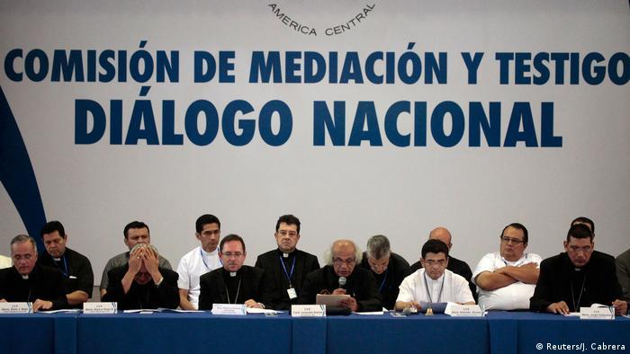 Nicaragua dialog meeting in Managua (Reuters/J. Cabrera)