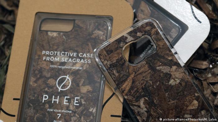 Griechenland Athen - Startup erstellt Produkte aus Seegras (picture-alliance/Photoshot/M. Lolos)