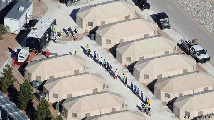 USA Texas Immigrantenkinder in neuem Zeltlager
