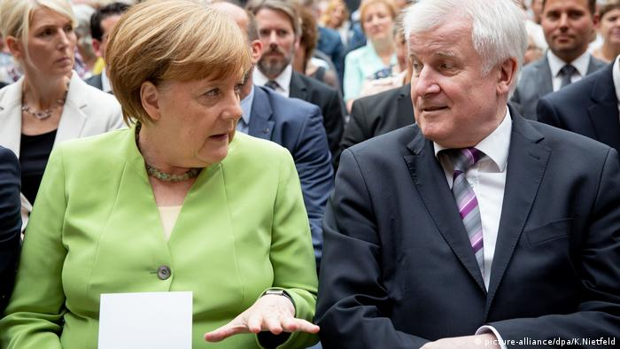 Angela Merkel (CDU) and Horst Seehofer (CSU)
