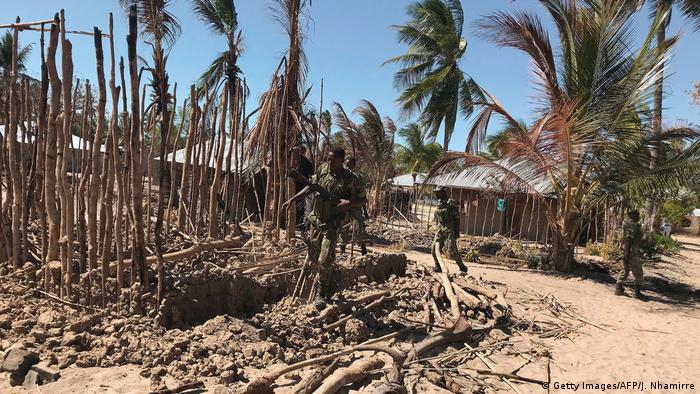 Mosambik Armee im Norden des Landes