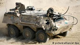 Bundeswehr Mannschaftstransporter Fuchs in Afghanistan (Foto: dpa)