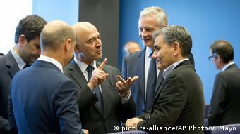 Το Eurogroup της Δευτέρας θα δώσει το πράσινο φως για ακύρωση του μέτρου περικοπής συντάξεων στην Ελλάδα