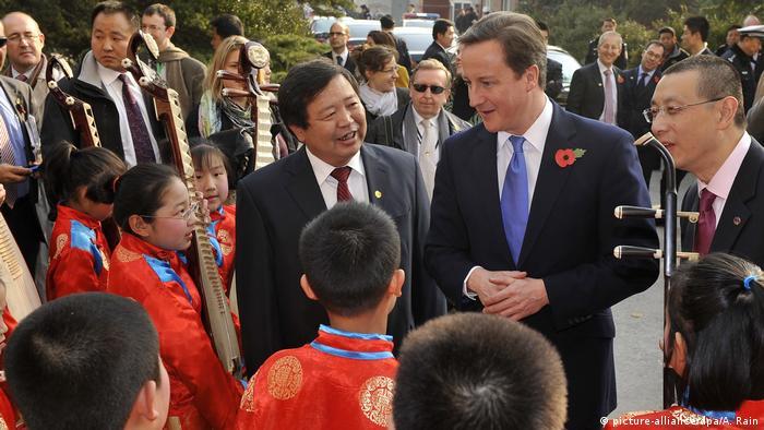 David Cameron in China (picture-alliance/dpa/A. Rain)