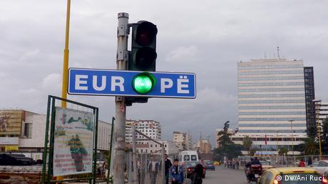 Τα Δυτικά Βαλκάνια και η ευρωπαϊκή προοπτική που αργεί