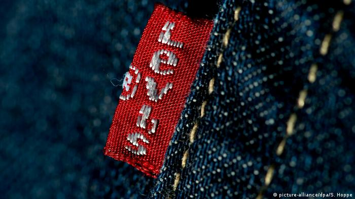 A Levi's red tab