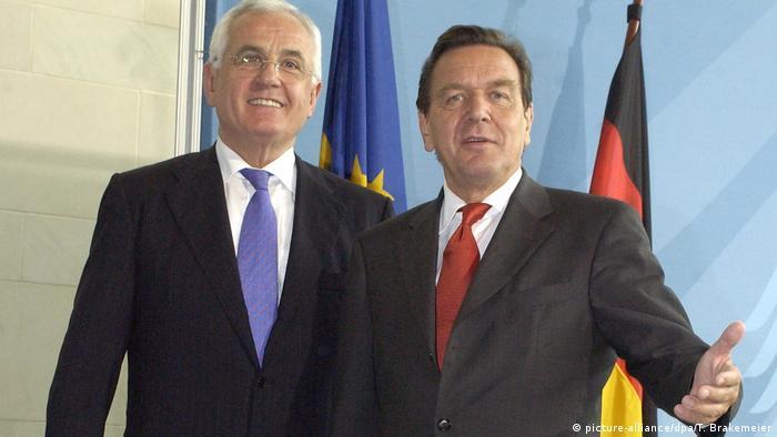 Peter Hartz und Bundeskanzler Gerhard Schröder