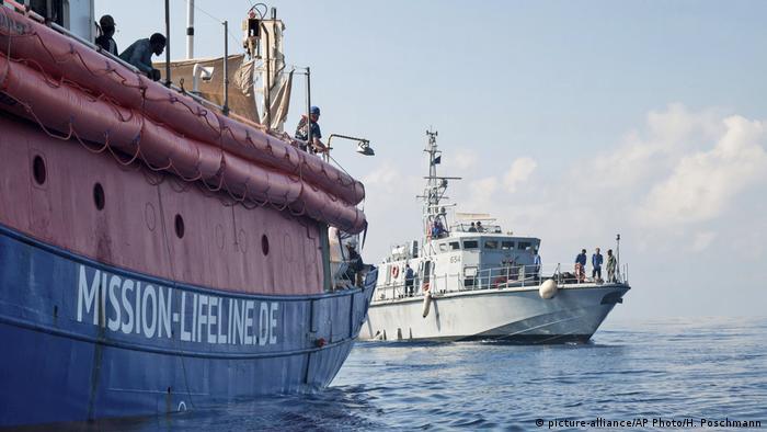 EUROPA: El barco de Lifeline sigue en el mar con provisiones hasta el lunes