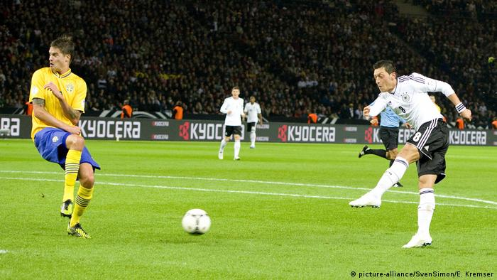 Vorschau zum Spiel Deutschland - Schweden bei der FIFA WM 2018 (picture-alliance/SvenSimon/E. Kremser)