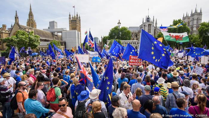 Großbritannien London Demonstration gegen Brexit (Imago/PA Images/M. Crossick)