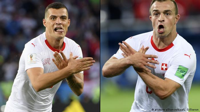 Granit Xhaka and Xherdan Shaqiri celebrate their goal by forming the double-headed Albanian eagle with their hands (picture-alliance/dpa/L. Gillieron)