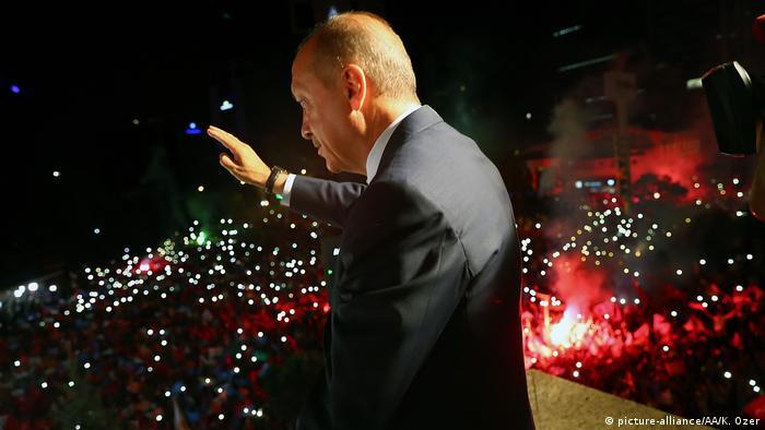 В Турции аннулировали победу прокурдской партии на выборах и не выдали мандаты