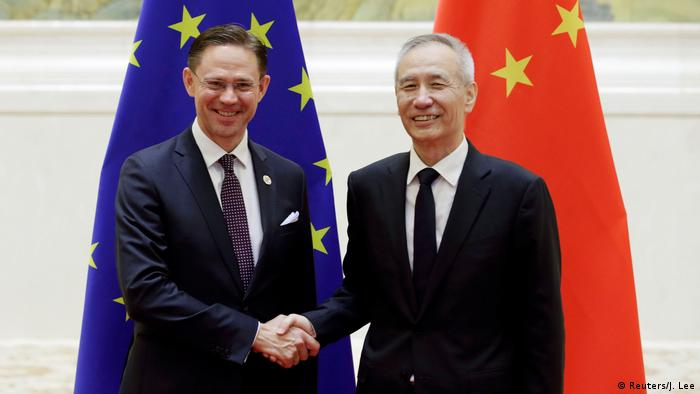 Liu He und Jyrki Katainen (Reuters/J. Lee)