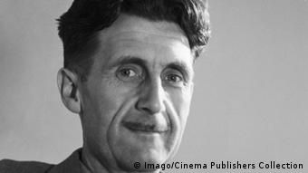 O escritor George Orwell em 1941